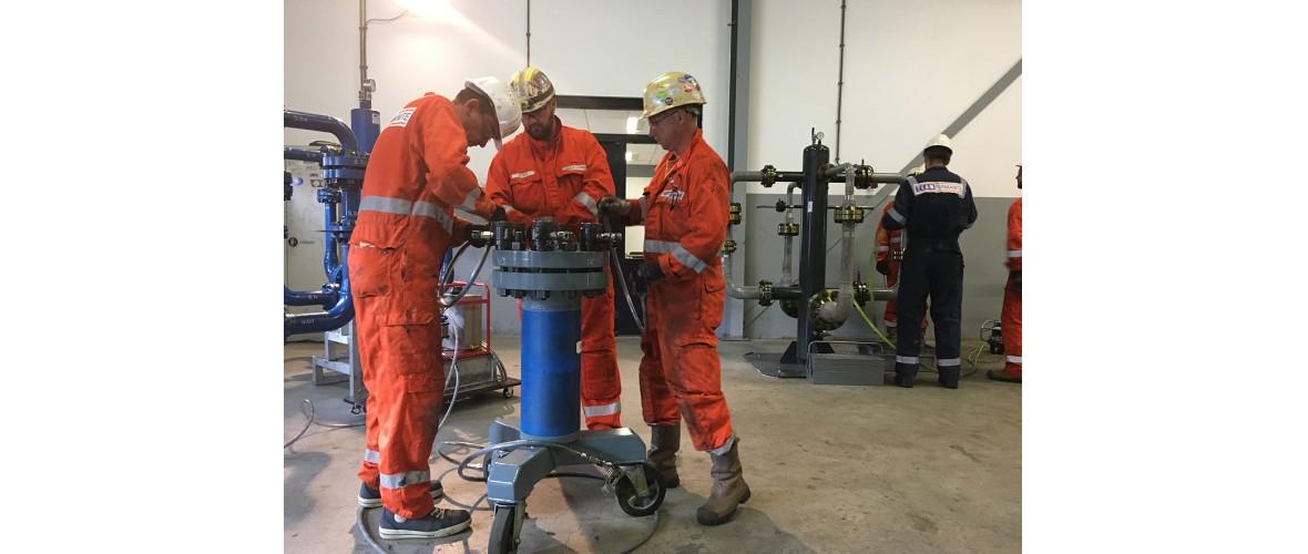 torque-en-bolttensioning-1-rijnmond-opleidingen.jpg